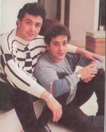 Late Rajiv Kapoor with Late Rishi Kapoor